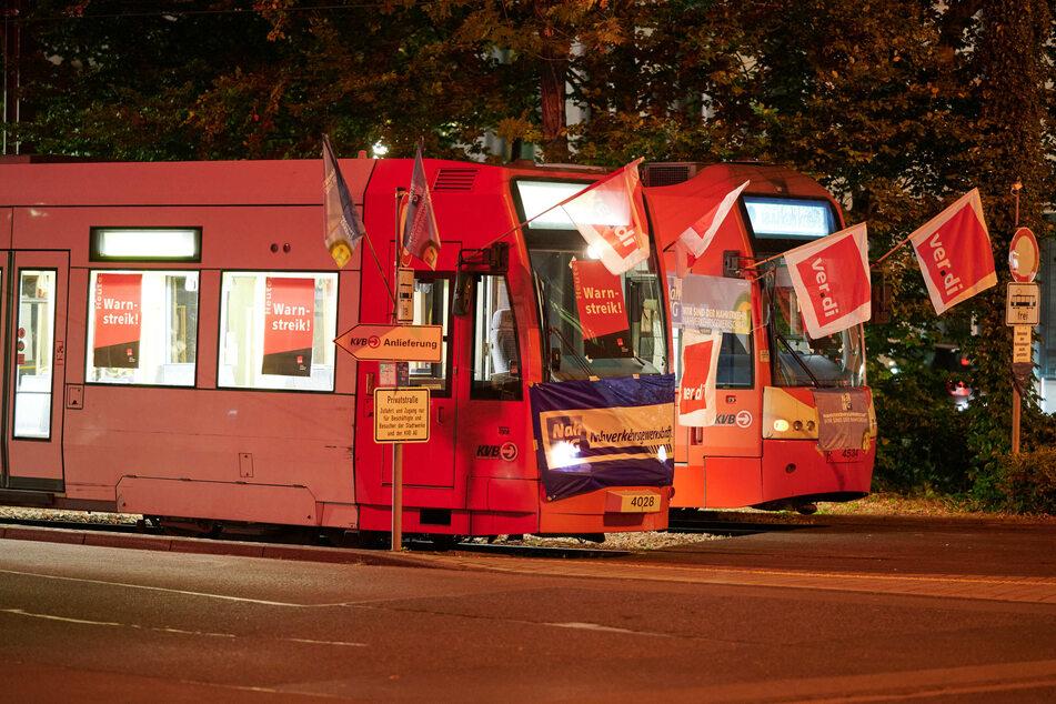 Erneute Verdi-Warnstreiks! Busse und Bahnen in NRW stehen bald wieder still