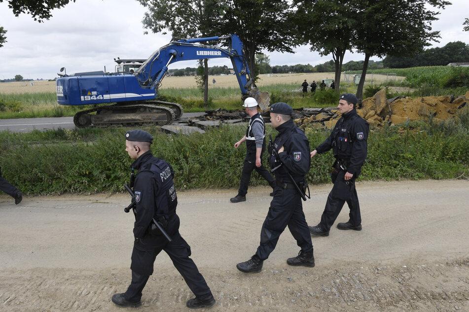 Aktivisten gegen Abriss: Weiter Proteste am Tagebau Garzweiler