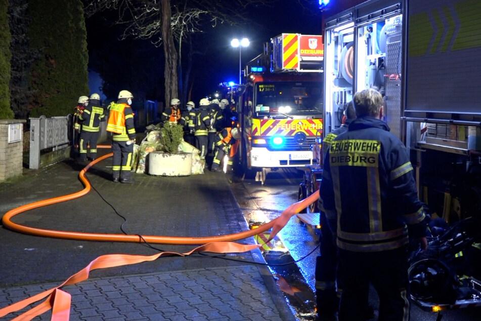 Waschmaschine fängt Feuer: Zwei Menschen verletzt
