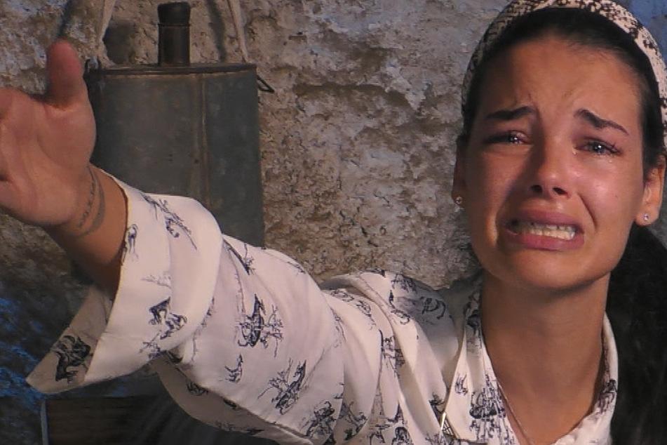 Promi Big Brother: Promi Big Brother, Tag 12: Elene schmeißt freiwillig hin, doch den Bewohnern ist's egal