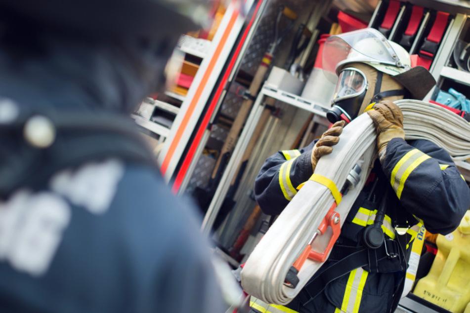 München: Brand in Jugendwohnheim: Feuerwehr in München im Großeinsatz
