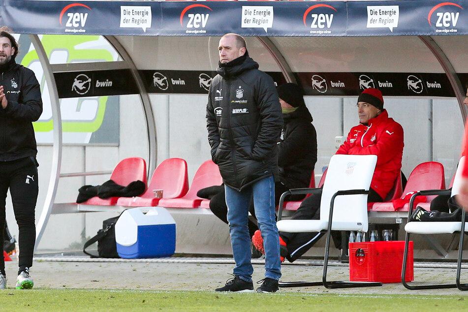 Wartete vergeblich auf ein Tor seiner Jungs: FSV-Coach Joe Enochs.