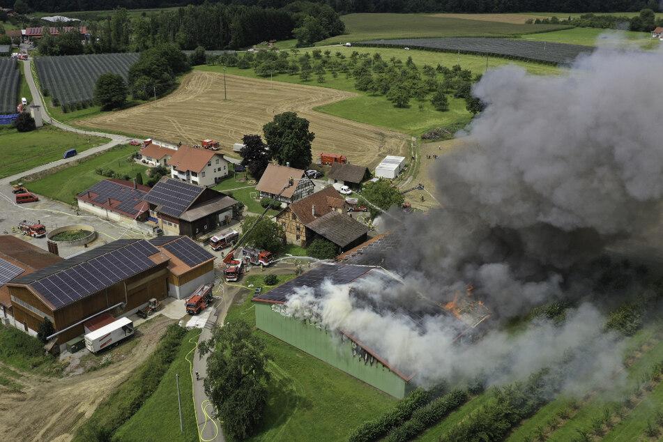 Den größten Schaden richtete das Feuer in Meckenbeuren an.