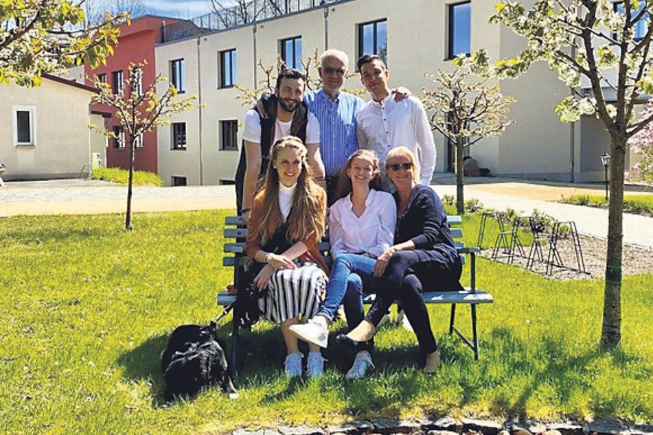 Familienhotel im wahrsten Sinne des Wortes: Bei den Schumanns kümmern sich alle Generationen um das Wohl der Gäste.