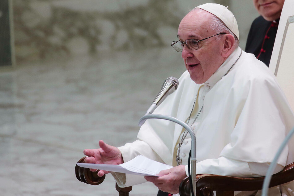 Vatican: pope remarks on same sex civil unions have not changed Church doctrine