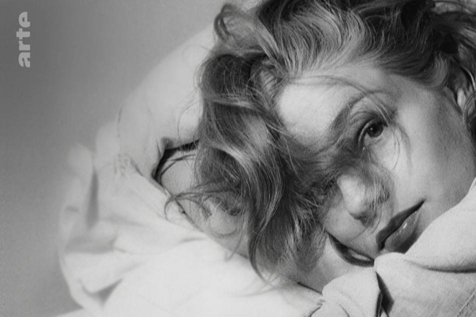 In Zeiten, in denen einst ein ganz bestimmtes Frauenbild auf der Leinwand vorherrschte, bestach Charakterdarstellerin Signoret auch durch politisches Engagement und Klugheit.