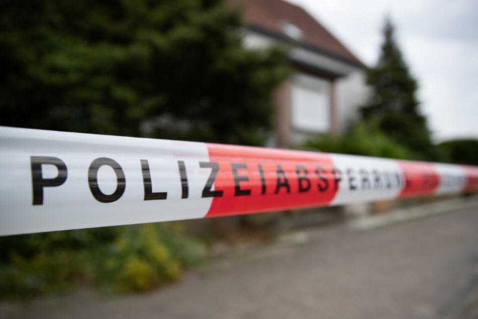 Seniorin liegt tot in Wohnung: Schockierendes Obduktionsergebnis, 17-Jähriger in U-Haft