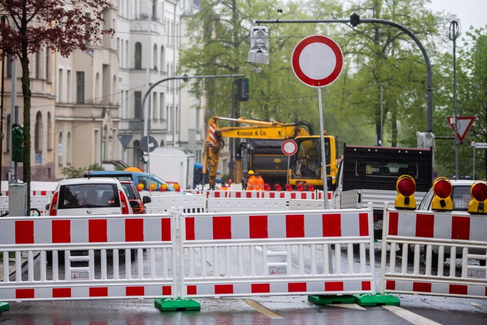 Die Barbarossastraße in Chemnitz bleibt weiter voll gesperrt.