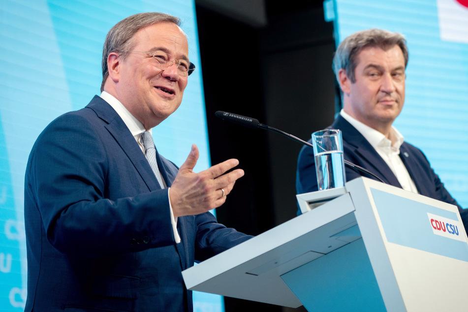 Armin Laschet, CDU-Kanzlerkandidat, CDU-Bundesvorsitzender und Ministerpräsident von Nordrhein-Westfalen, und Markus Söder, CSU-Vorsitzender und Ministerpräsident von Bayern, bei einer Pressekonferenz.