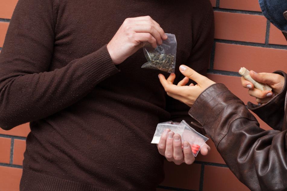Mehrere mutmaßliche Drogendealer sind seit Anfang des Monats festgenommen worden. (Symbolbild)