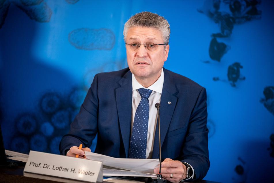 Lothar Wieler, Präsident des Robert Koch-Instituts (RKI), spricht bei einem Pressebriefing zur aktuellen Covid-19-Lage in Deutschland.