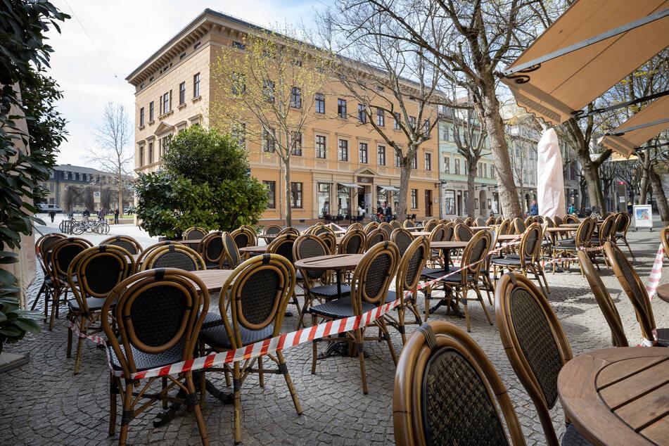 Restaurants und Hotels mussten zum Teil komplett den Betrieb einstellen.