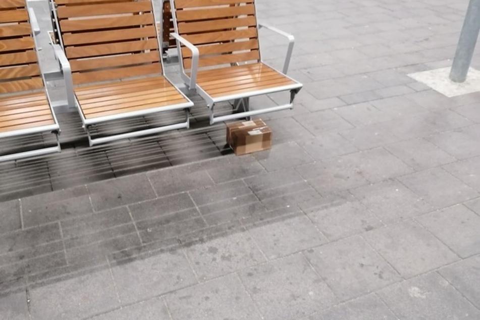 Dieses winzige Paket löste einen größeren Polizeieinsatz in Halle (Saale) aus.