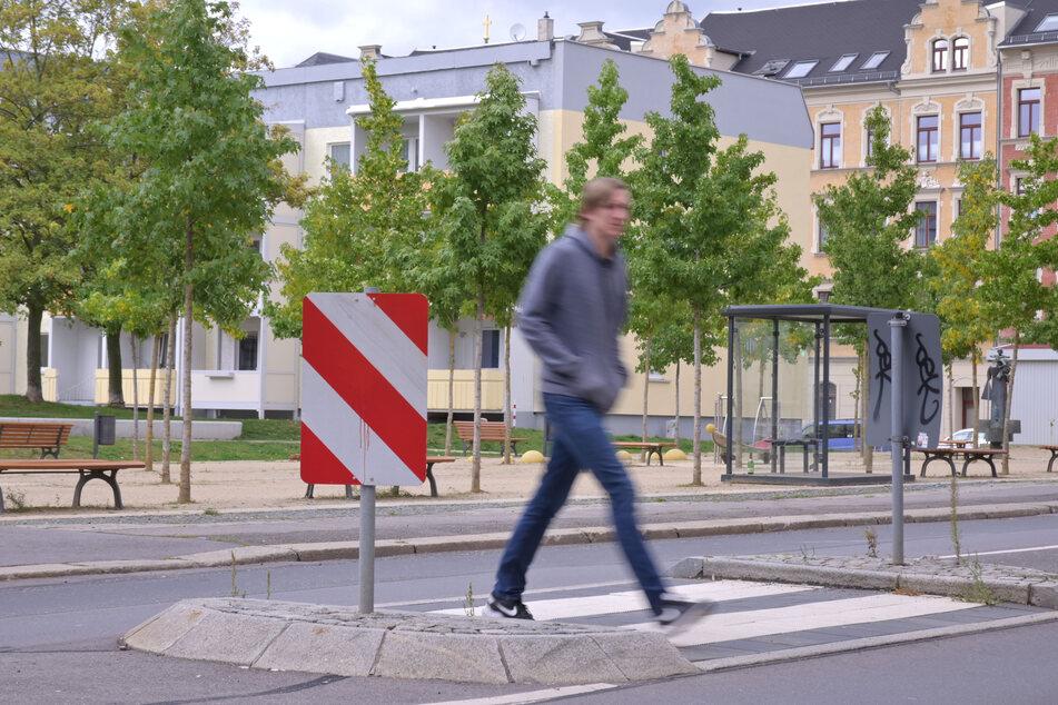 Verkehrsinseln wie hier auf der Zietenstraße geben Fußgängern Sicherheit.