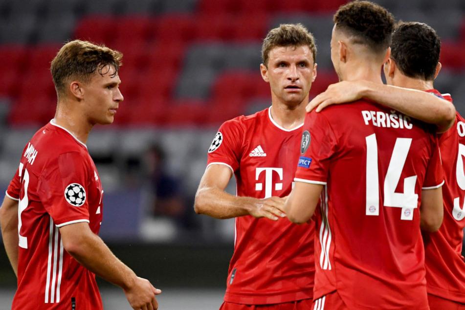 Es kommt zum absoluten Kracher! Der FC Bayern München freut sich auf das Duell gegen den FC Barcelona in der Champions League.