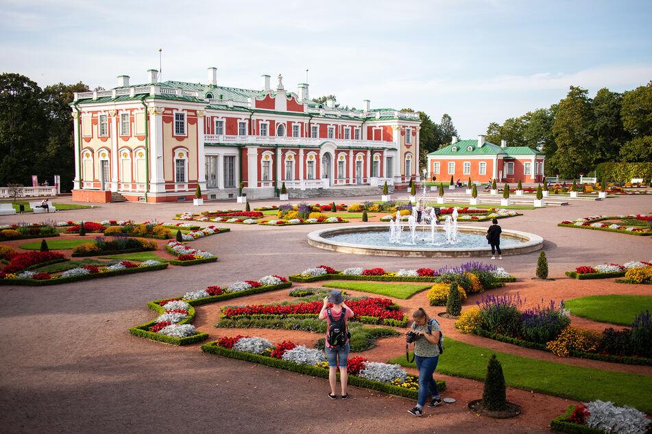 Das Kadriorg art museum in Tallin, Estland, kann man jetzt nicht mehr besuchen, ohne eine an die Reise anschließende Quarantäne einzugehen.