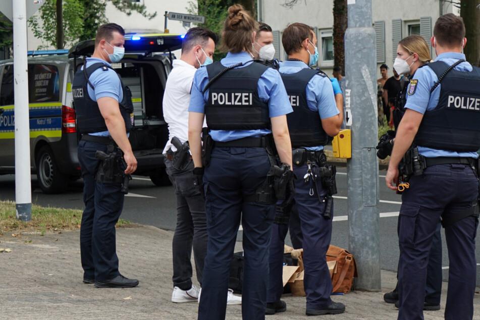 Im südhessischen Darmstadt kam es am Sonntagnachmittag zu einem großen Polizei-Einsatz.
