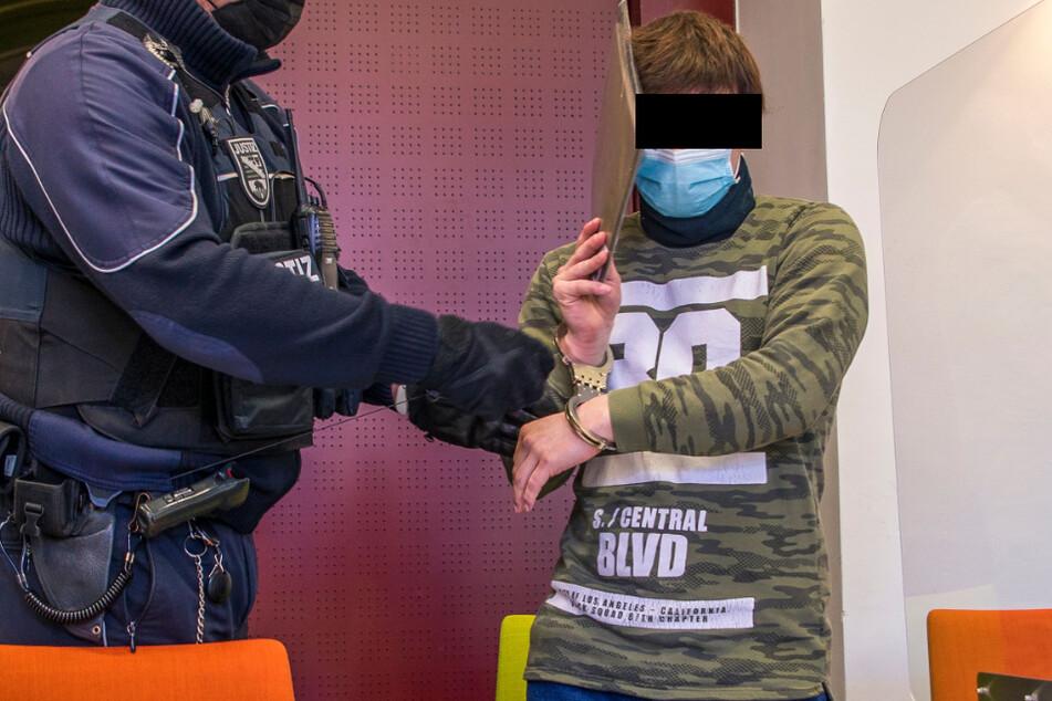 """Prozess gegen Sebastian L. (25): """"Kinderfänger"""" von Halle soll Sechsjährige mit """"Entennestern"""" gelockt haben"""