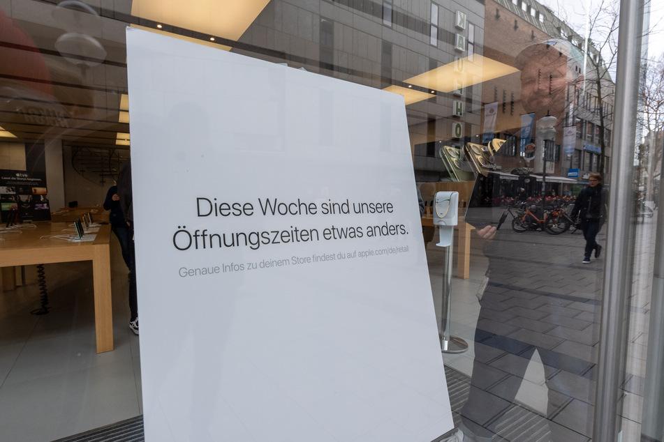 Apple schließt alle Läden außerhalb Chinas für zwei Wochen.