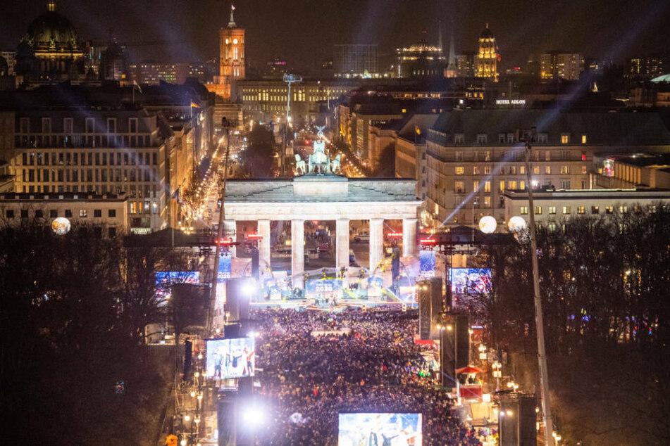 Auch 2020 soll eine Silvesterfeier am Brandenburger Tor möglich sein, allerdings mit weniger Publikum und nur nach vorheriger Anmeldung.