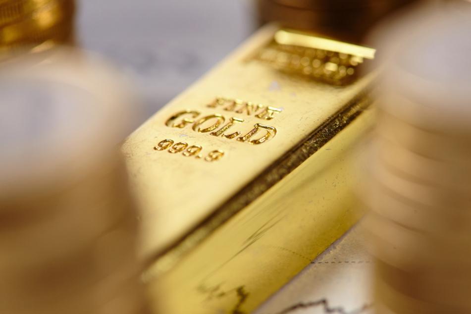 Rentner wollten Gold verkaufen, doch sie gerieten an einen Räuber. (Symbolbild)