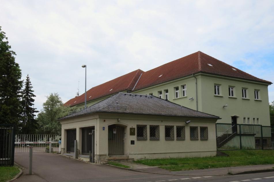 Die Polizei-Dienststelle im Leipziger Stadtteil Leutzsch - hier arbeiteten die unter Korruptionsverdacht stehenden Beamten.