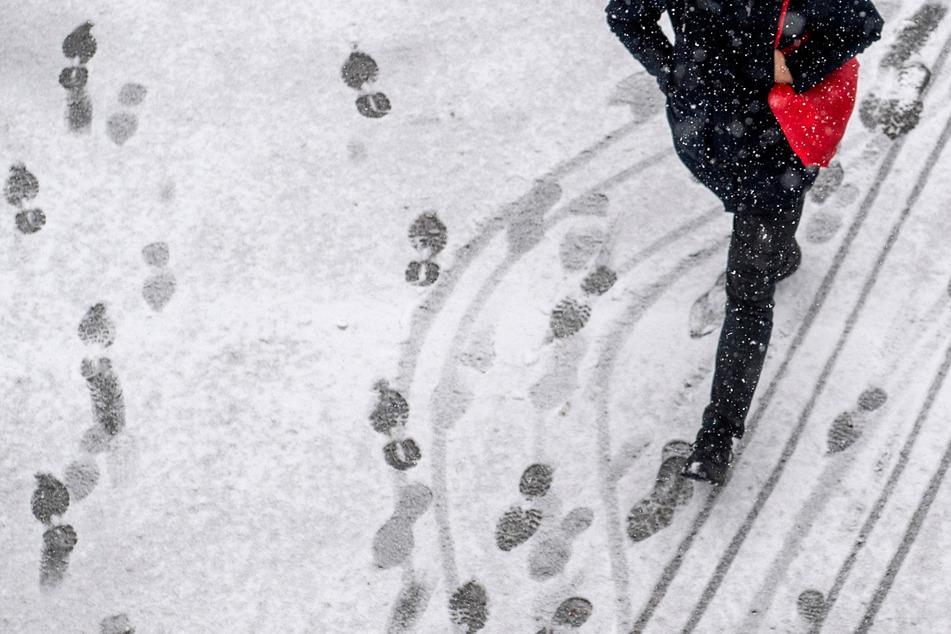 Spuren im Schnee überführten den mutmaßlichen Einbrecher.