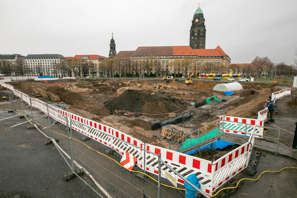 Im Gebiet um das Rathaus und das neue Verwaltungszentrum soll mit Fördergeldern für mehr Grün gesorgt und so das Stadtklima verbessert werden.