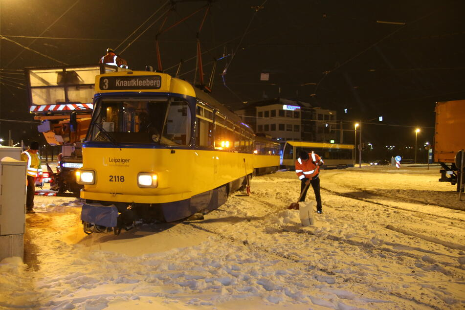 In der Torgauer Straße war eine Tram entgleist.
