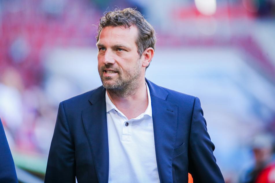 Ein alter Bekannter! Markus Weinzierl (46) soll den FC Augsburg vor dem Abstieg aus der Bundesliga retten - und wieder nach oben führen.