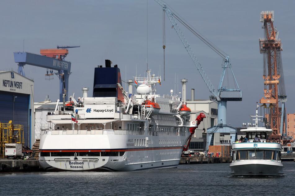 Wegen der Corona-Krise haben die Reedereien so viele Schiffe stillgelegt wie noch nie. (Symbolbild).