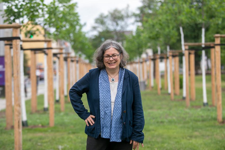 """Umweltbürgermeisterin Eva Jähnigen (54, Grüne) weiß um die Bedeutung der """"grünen Lungen"""" für eine Stadt."""