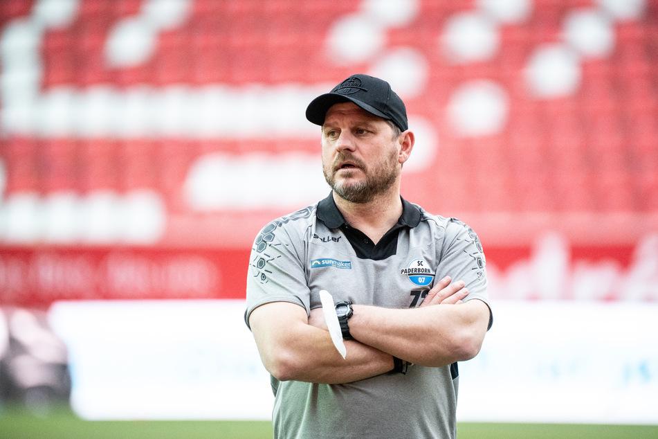 Steffen Baumgart (49) wechselt zur kommenden Saison als Cheftrainer zum 1. FC Köln und entschied sich damit gegen den Hamburger SV. (Archivfoto)