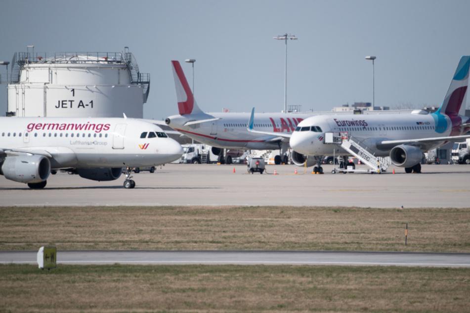 Flugzeuge am Stuttgarter Flughafen.