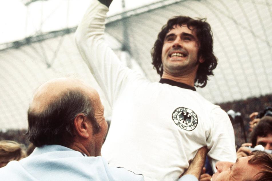 """Er war und ist für immer der """"Bomber der Nation"""": Gerd Müller (74) ist eine lebende Legende. (Archivbild)"""