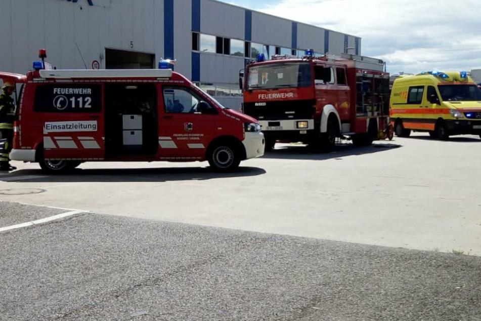 Brand bei Maschinenteilfirma: Feuerwehr im Großeinsatz
