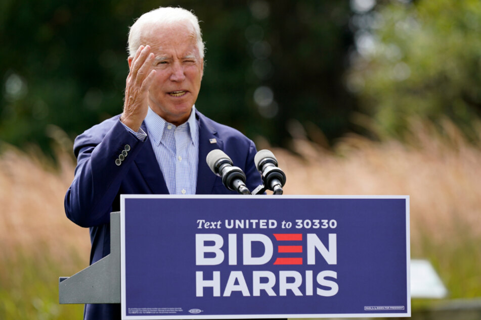 Joe Biden speaks about the consequences of climate change and the forest fires in the western United States at an election campaign event.