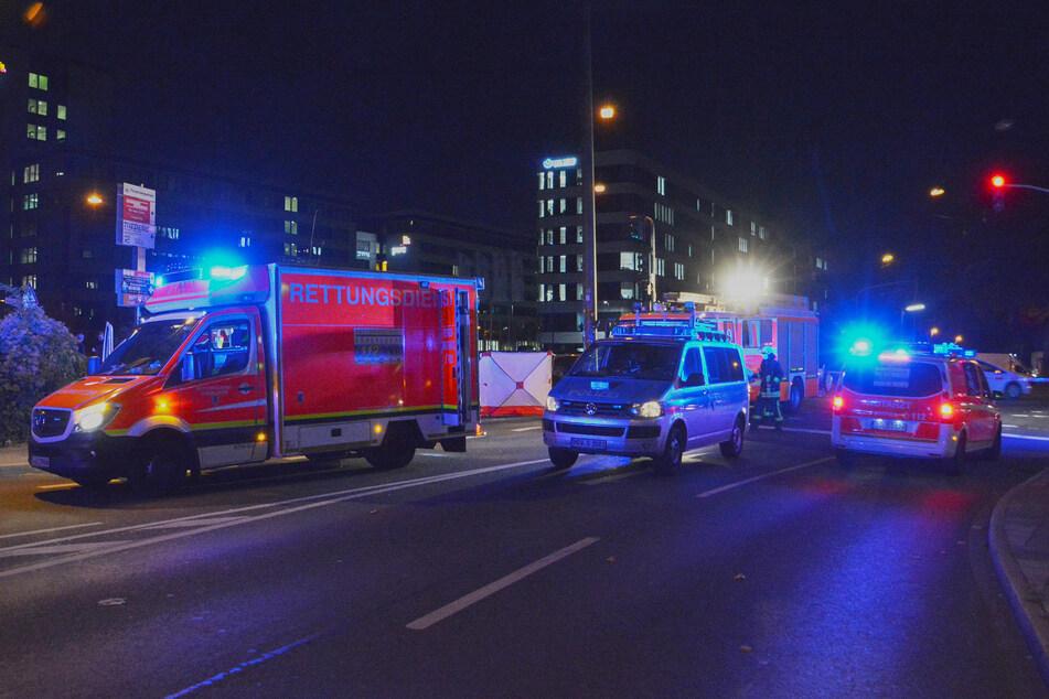 Tödlicher Unfall in Düsseldorf: Fußgänger (62) von Lkw erfasst und mitgeschleift