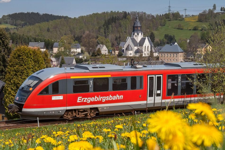 """Im Erzgebirge soll künftig ein """"Digitales Testfeld"""" der Deutschen Bahn entstehen. Unter anderem soll die 5G-Mobilfunk-Technologie getestet werden (Archivbild)."""