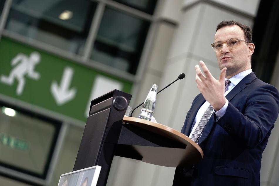 Bundesgesundheitsminister Jens Spahn (40, CDU) gibt eine Pressekonferenz im Ministerium zum Zwischenstand der Impfungen gegen das Coronavirus.