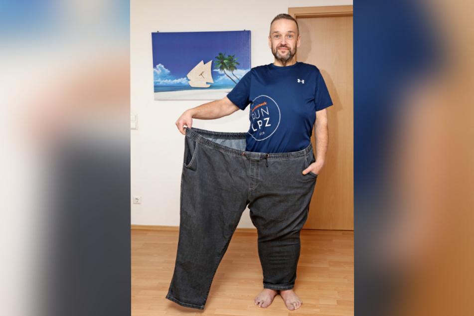 Sven Strzebrakowski (48) ahora cabría dos veces en sus viejos pantalones.