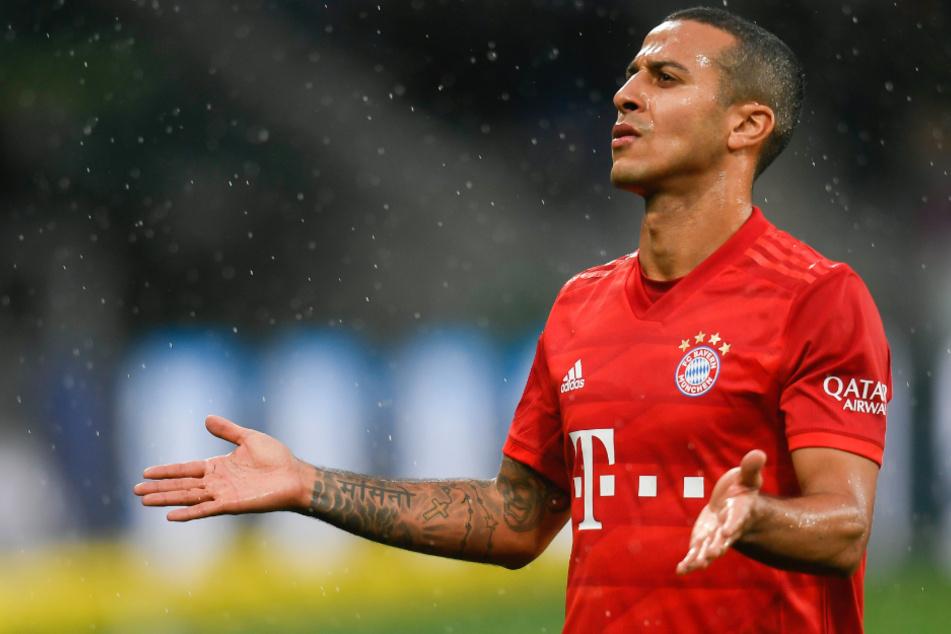 Thiago vom FC Bayern München hat die DFL in einem Post scharf kritisiert.