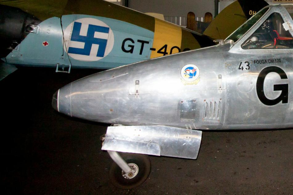 Finnische Luftwaffe entfernt letzte Hakenkreuze von Uniformen und Flugzeugen
