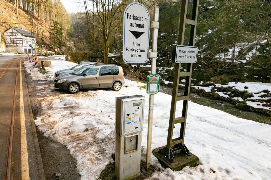 Dresden: Bis zu 7 Euro Parkgebühr! Wanderer-Abzocke in Sächsischer Schweiz