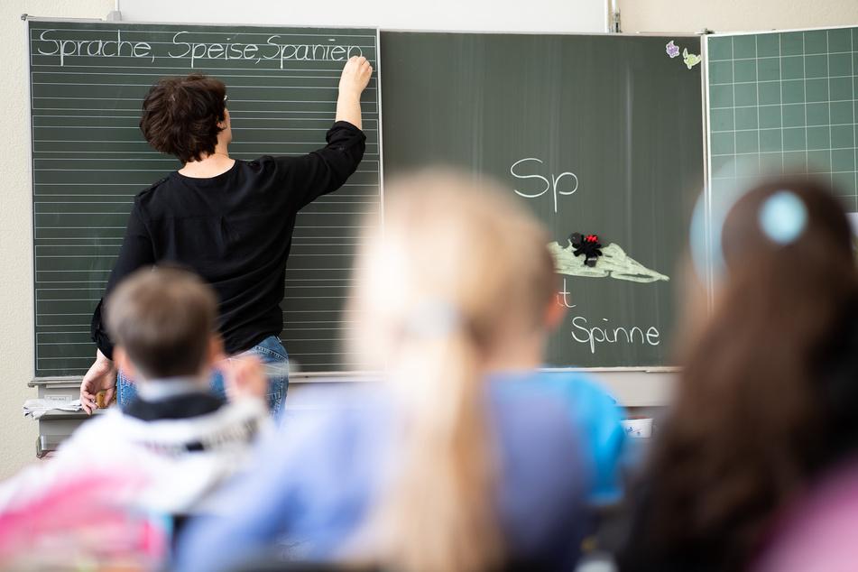 In Nordrhein-Westfalen sollen alle Schüler ab dem 31. Mai wieder landesweit Präsenzunterricht erhalten. (Symbolfoto)