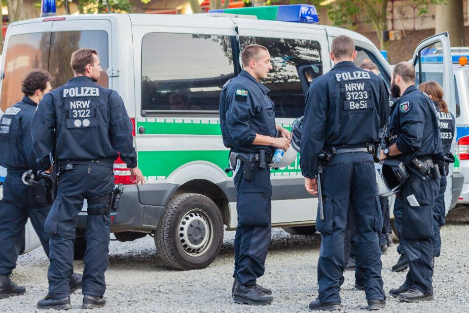 Eine zusätzliche Hundertschaft soll für mehr Ruhe an Kölner Brennpunkten sorgen.