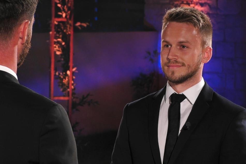 """Alexander Schäfer (30) hat seine letzte Krawatte im """"Prince Charming""""-Finale an Lauritz Hofmann (28) vergeben."""