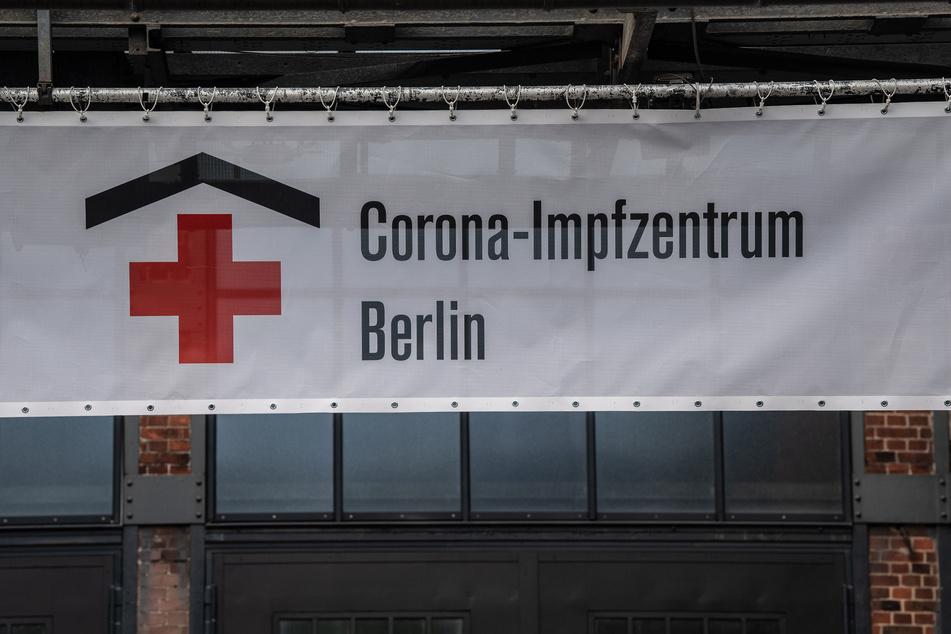 Die Arena in Treptow ist eine von sechs Impfzentren in Berlin.