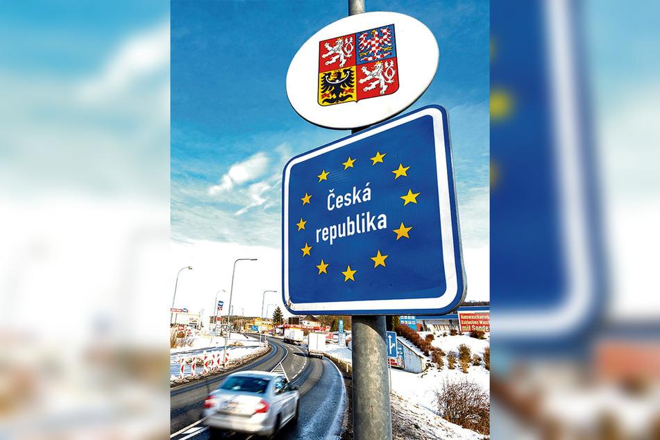 Bleibt ab sofort für Touristen und viele Berufspendler geschlossen: die sächsisch-tschechische Grenze.