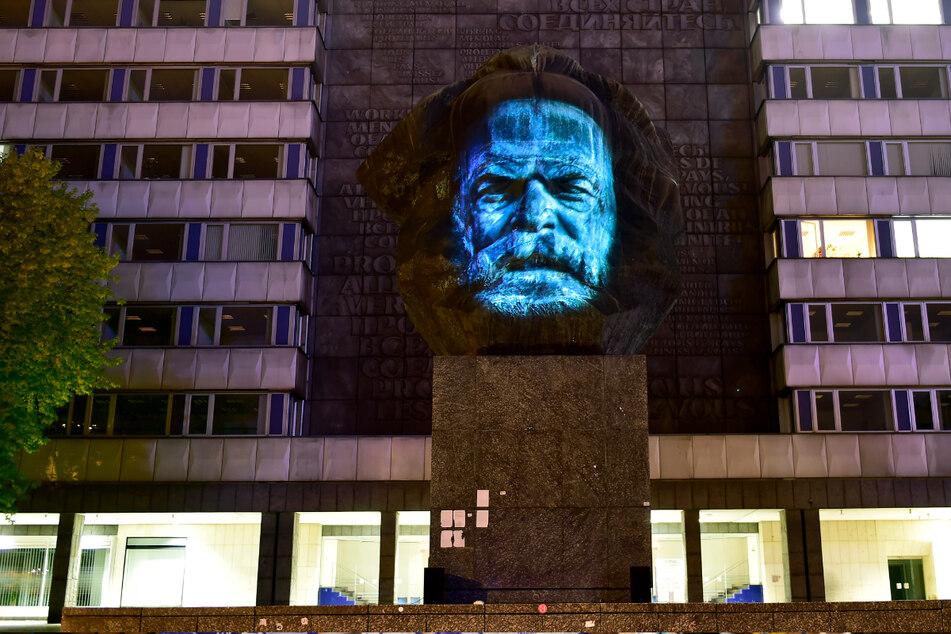 Dank einer Lichtinstallation konnte der Karl-Marx-Kopf 2016 sogar sprechen.